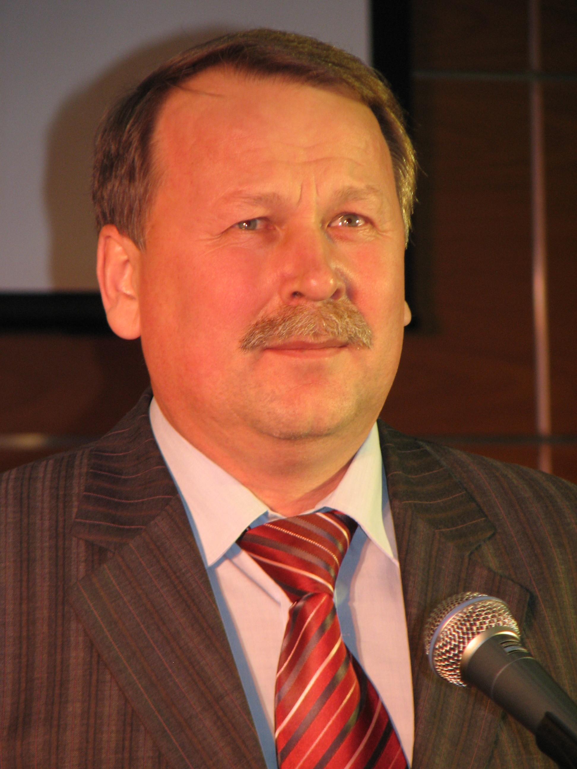В.В. Перевалов